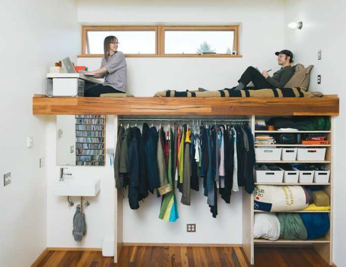 raum unter dem hochbett nutzen hochbett f r erwachsene. Black Bedroom Furniture Sets. Home Design Ideas